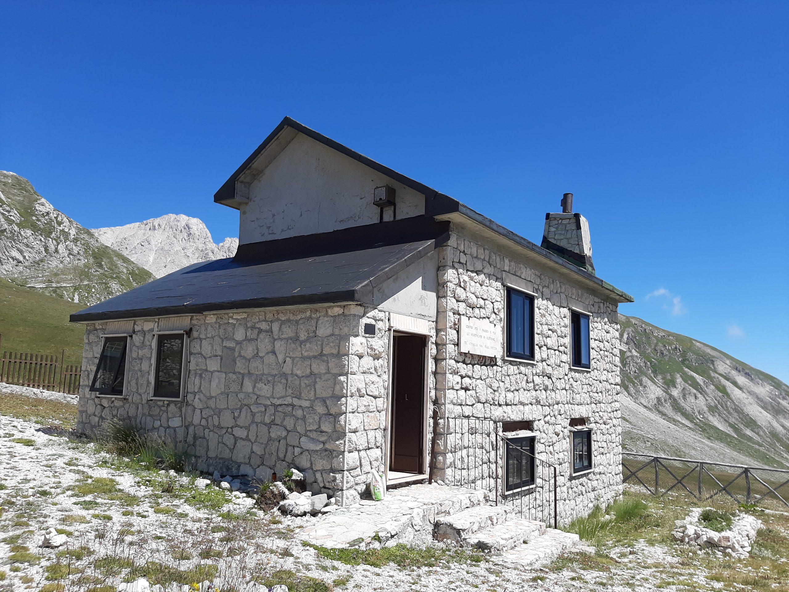 1° Classificato – Edificio Giardino Botanico Alpino a Campo Imperatore (Gran Sasso) – AQ